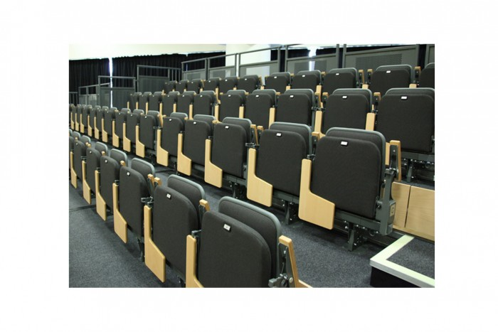 BIM-AudienceSystems-Espace628TRetract3-BIMBox